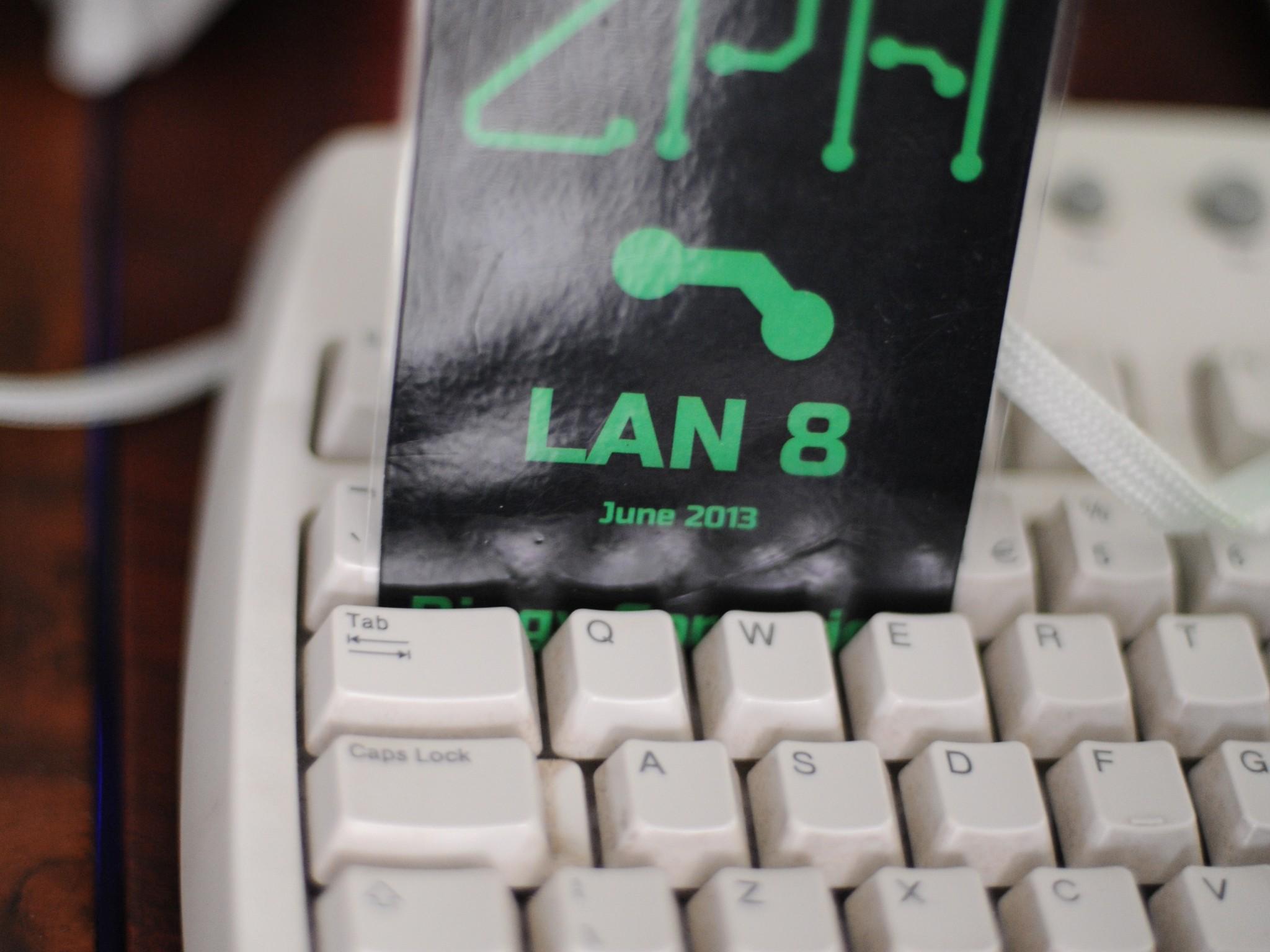 LAN8-16